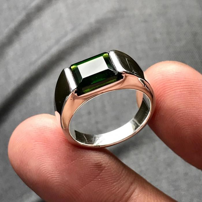 انگشتر نقره مردانه نگین زبرجد کد G229