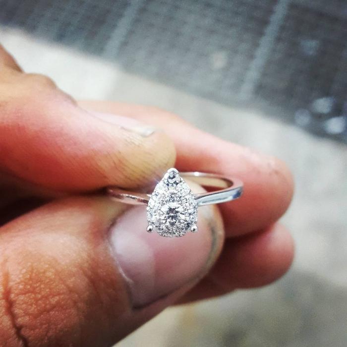 انگشتر جواهر اشک برلیان کد G256